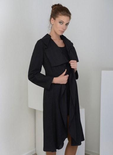 Пальто асимметричного кроя