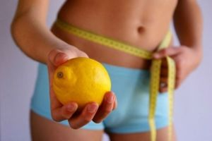 Взаимодействие воды и лимона