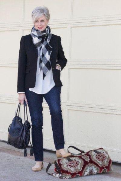 С какими вещами носить джинсы