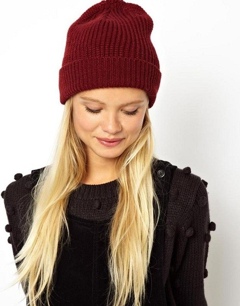 Женская шапка-бини