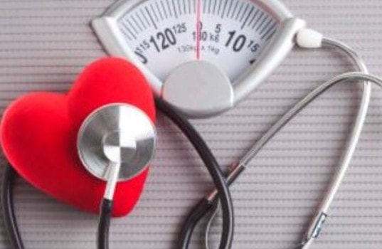 Как лишний вес вредит организму