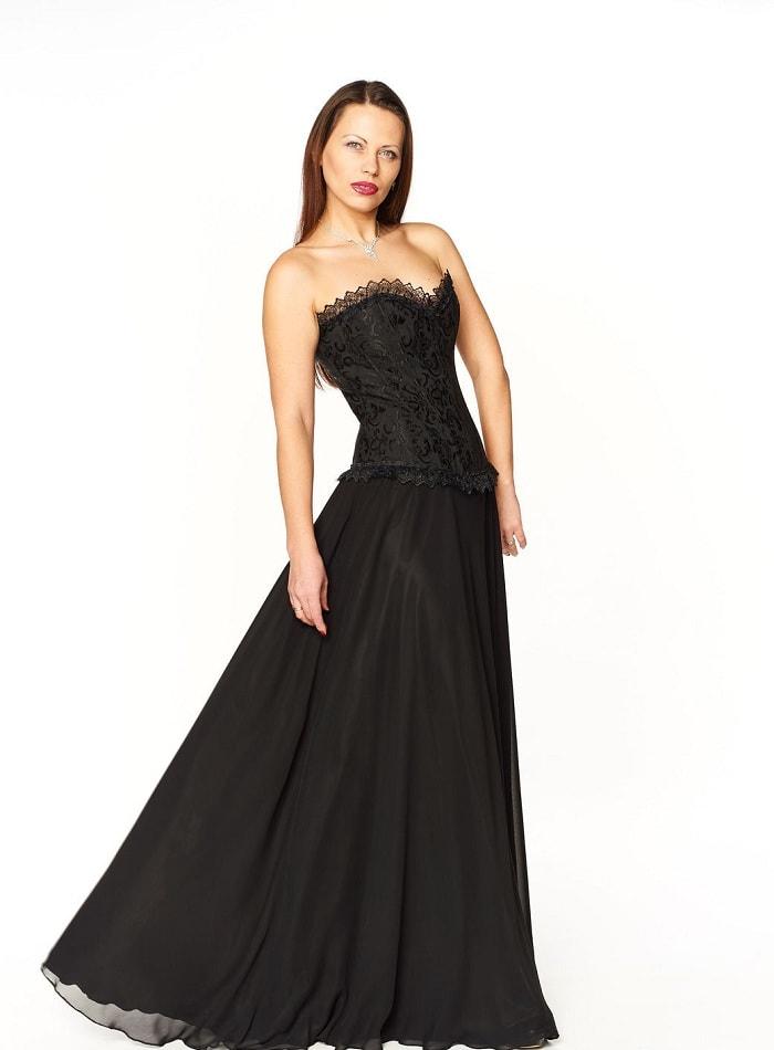 Черное платье с корсетом