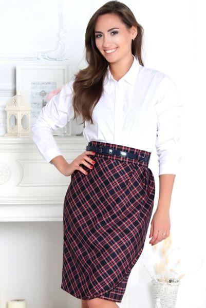 Модная юбка с ремнем для женщин 50 лет