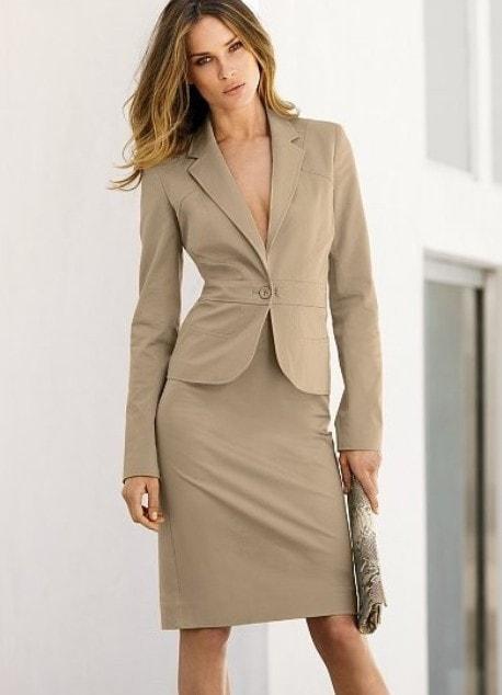 Деловой вриант юбки для девушки 50 год