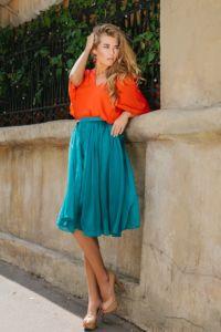 Шелковая юбка для девушек пятидесяти лет