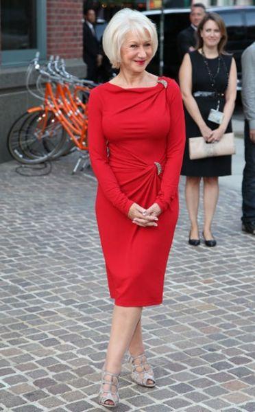 Красное платье вечерне