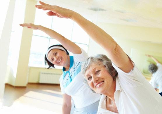 Зарядка для женщин возраста 50 — 55 лет